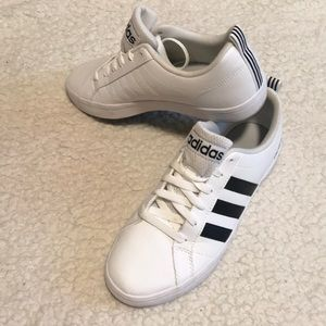 Adidas Neo Pace women's US 7 1/2